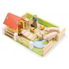 """Игровой набор """"Ферма с животными и фермером"""" Le Toy Van"""