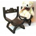 Курульное кресло № 1 для кукол высотой до 25 см.