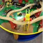 Железная дорога Kidkraft со столиком